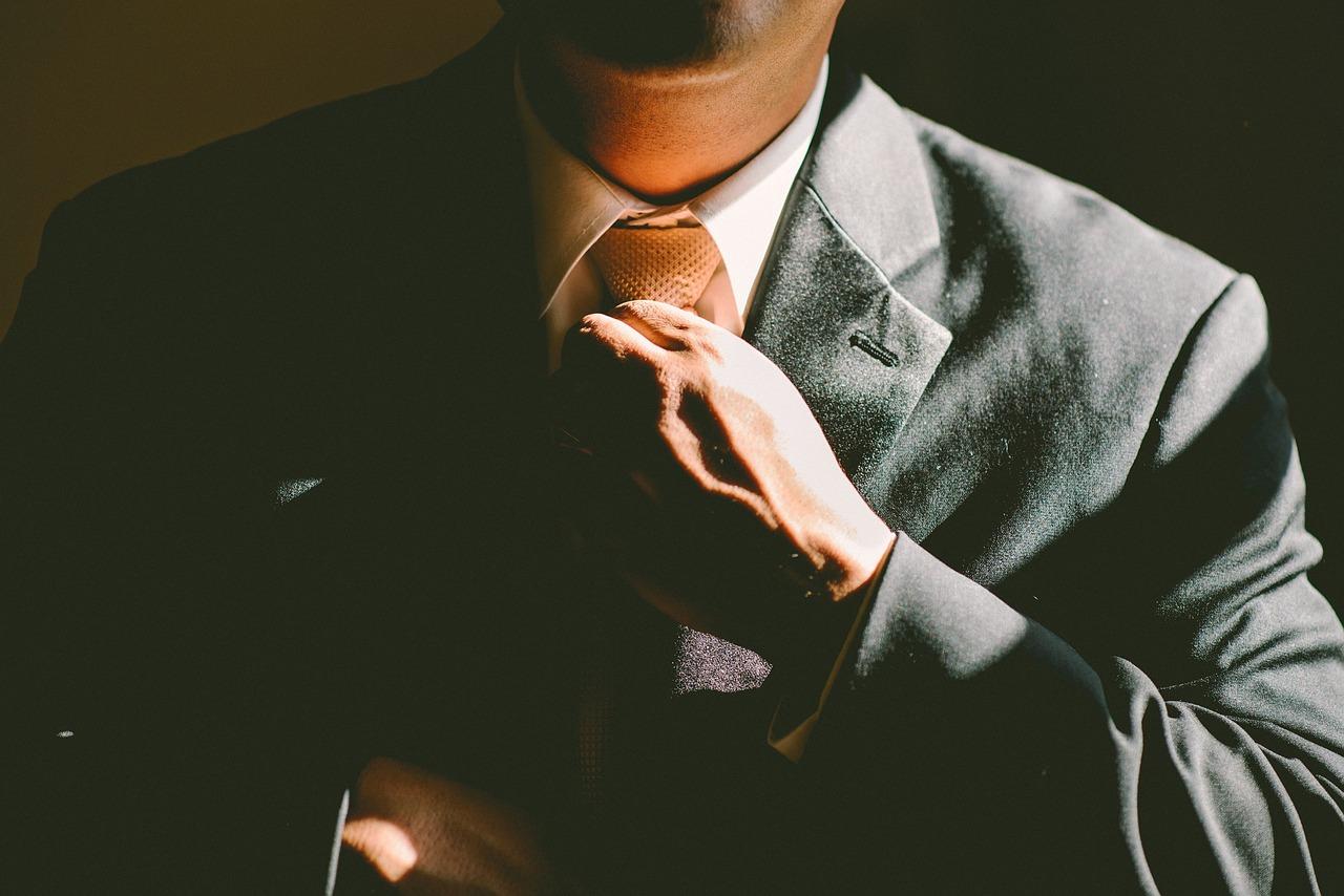 M&A後-グループ企業の統率とホールディングスの活用-  ~事業承継に活用したい手法~