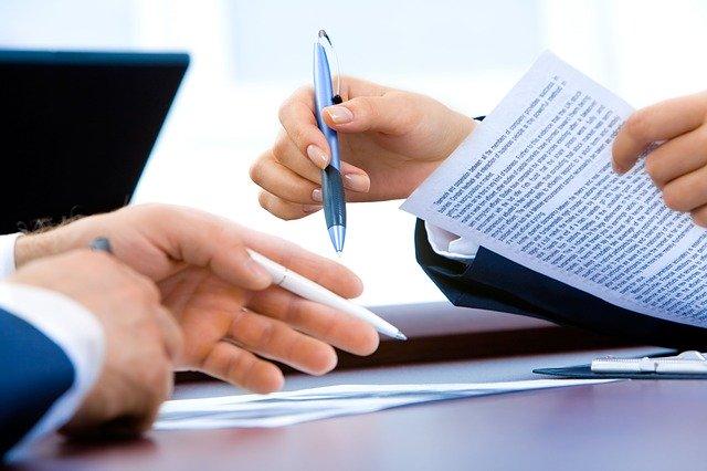 「挨拶状(顧問先への周知・挨拶)」M&Aで活用できる ひな形(資料ダウンロード)【書籍『会計事務所の事業承継・M&Aの実務』掲載資料データ】